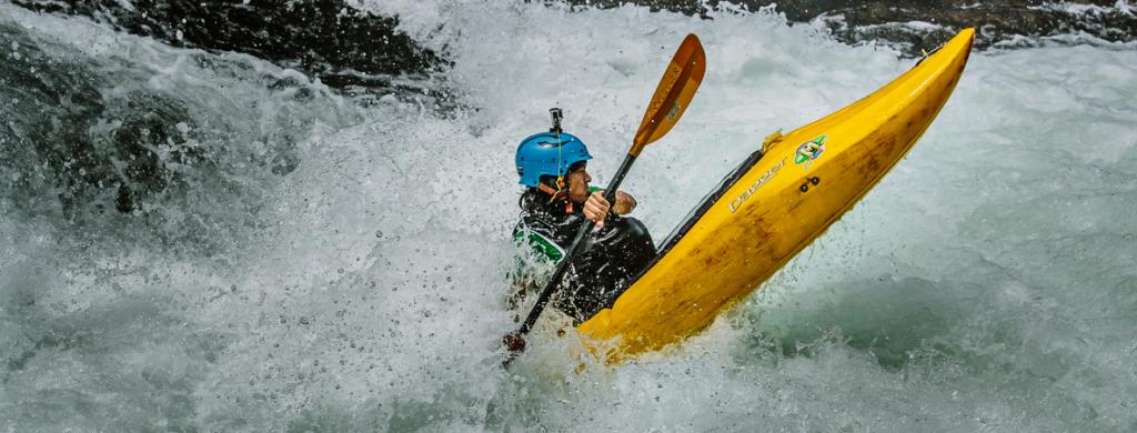 Kayaking Tips for the Adrenaline Junkies