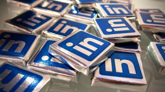 How To Use LinkedIn To Land Your Dream Job