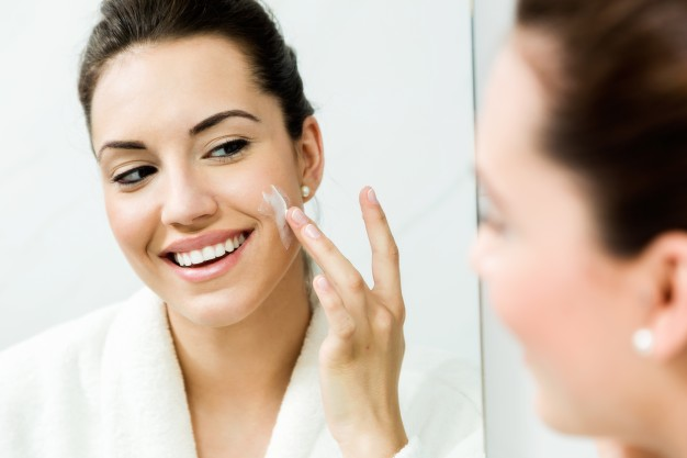 Giving Your Skin A Fresh, New Look moisturizer