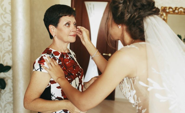 Make-up Tips for Mother of the Bride